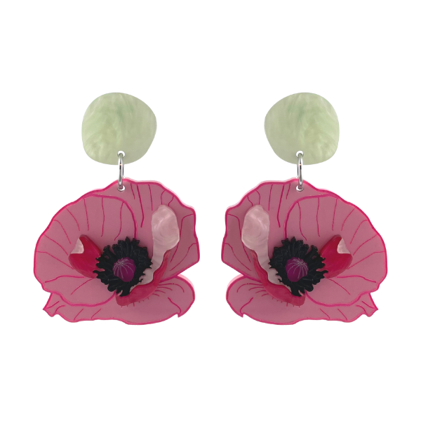 A pink poppy has been the inspiration of these amazing stud earrings. Australian made, measuring 6.5 cm, the earrings have the typical black stamen centre with pink petals.